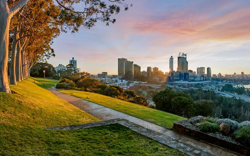 Many of Perth's most enjoyable pursuits are found outdoors, be it strolling through native bushland, joining an urban walking tour or cruising the Swan River - (C) Bruce Aspley 2015 ((C) Bruce Aspley 2015 (Photographer) - [None]