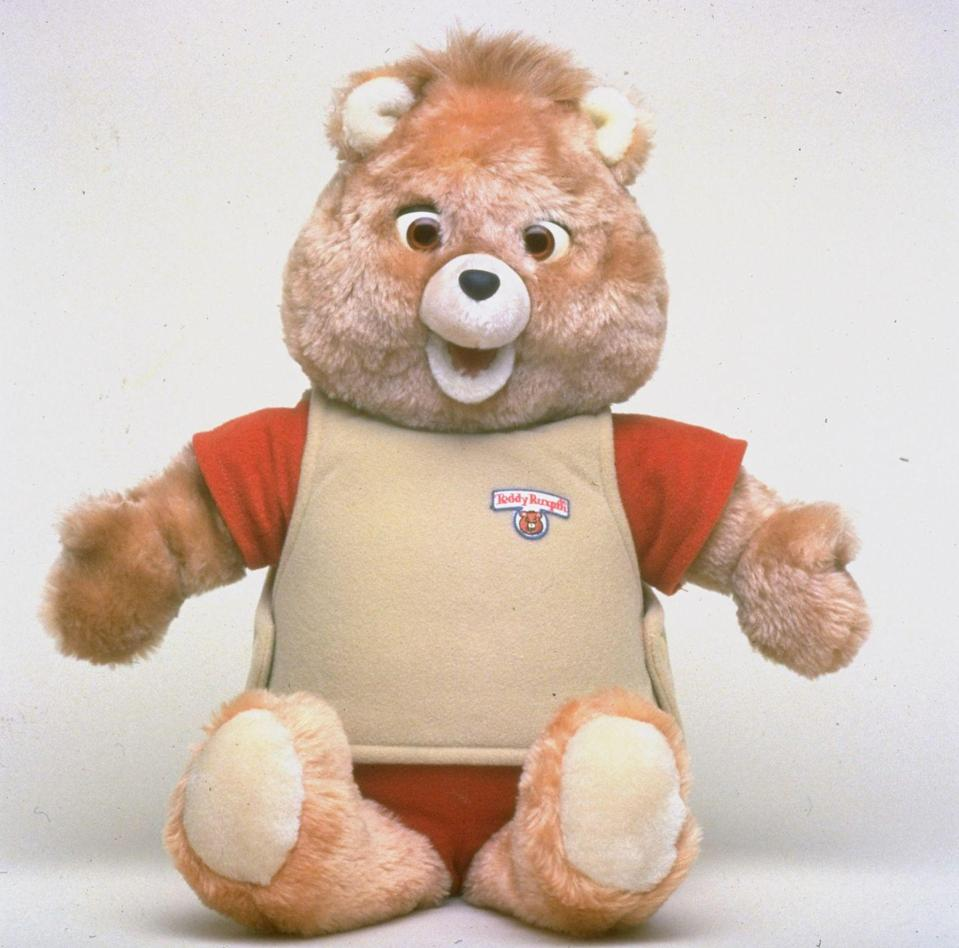 """<p>This beloved, animatronic bear """"reads"""" kids stories thanks to an audio cassette player built into its back. These days, <a href=""""http://www.ebay.com/sch/i.html?_from=R40&_sacat=0&_nkw=teddy+ruxpin&_sop=16"""" rel=""""nofollow noopener"""" target=""""_blank"""" data-ylk=""""slk:bears in topnotch condition"""" class=""""link rapid-noclick-resp"""">bears in topnotch condition</a> can be had for around $500. The Original Storytelling teddy bear from 1985, on the other hand, is <a href=""""https://www.ebay.com/itm/1985-Vintage-It-Works-Teddy-Ruxpin-The-Original-Storytelling-Teddy-Bear/223202260407?hash=item33f7e435b7:g:XL4AAOSwZ3pb0H2f:rk:1:pf:0"""" rel=""""nofollow noopener"""" target=""""_blank"""" data-ylk=""""slk:a hefty $1,640"""" class=""""link rapid-noclick-resp"""">a hefty $1,640</a>.</p>"""