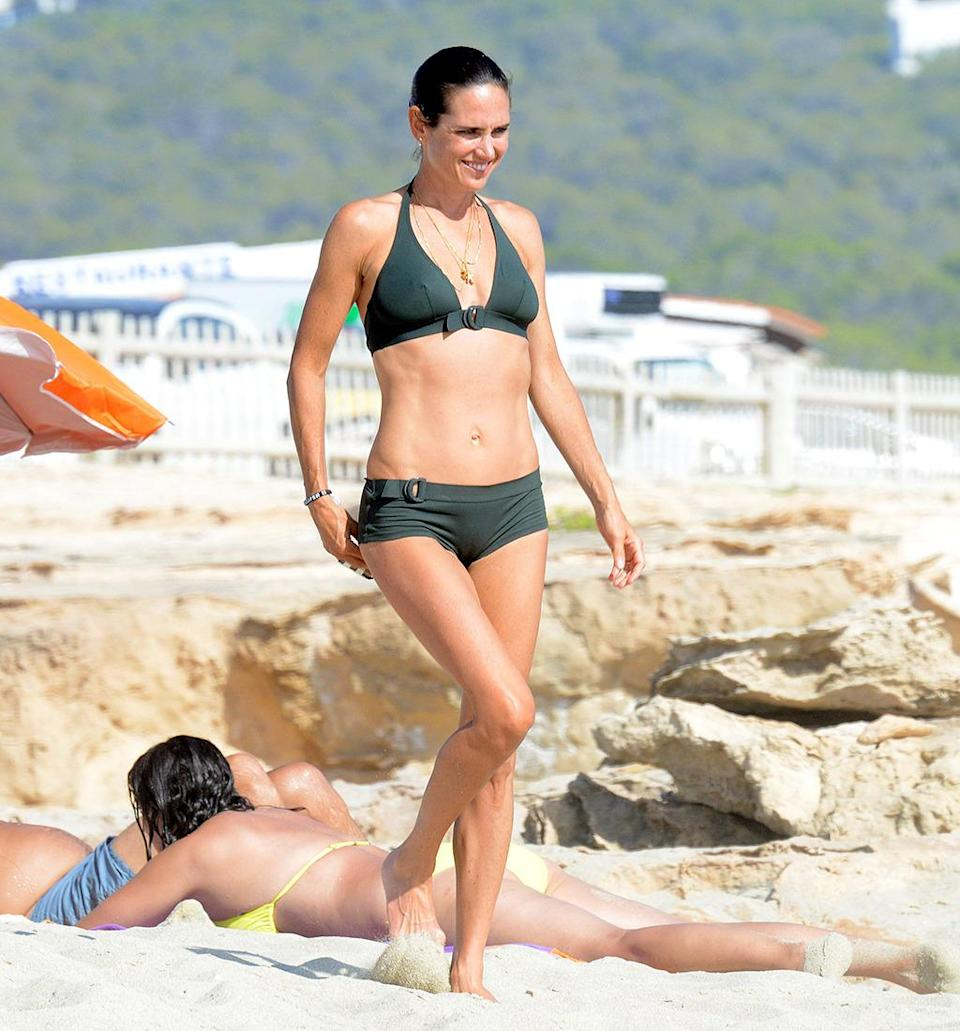 <p>The <i>A Beautiful Mind</i> actress, vacationing on the Spanish island of Formentera, is the boss of 45. (Photo: AKM-GSI) </p>