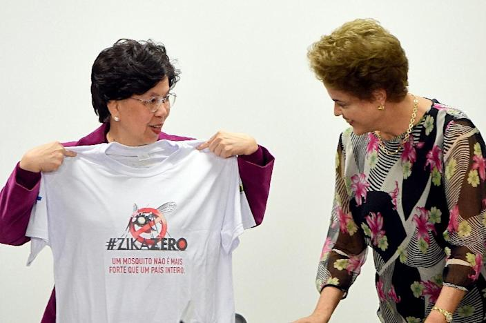 The director general of the World Health Organization Margaret Chan (L), and Brazilian President Dilma Rousseff, hold a meeting to talk about the Zika virus at Planalto Palace in Brasilia, on February 23, 2016 (AFP Photo/Evaristo Sa)
