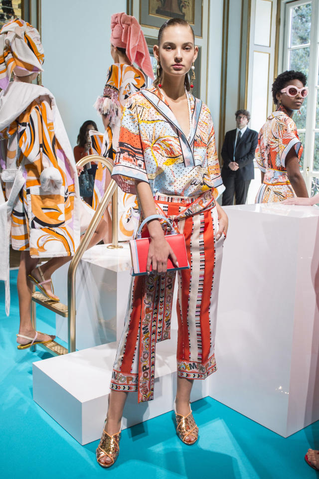 <p><i>Model wears a bright pajama set from the SS18 Emilio Pucci collection. (Photo: ImaxTree) </i></p>