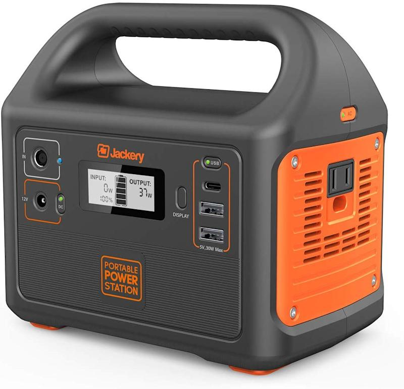 Jackery Portable Power Station Explorer 160. (Photo: Amazon)