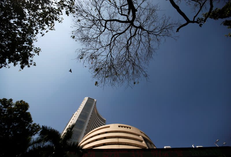 Sensex, Nifty end lower as telcos told to clear government dues