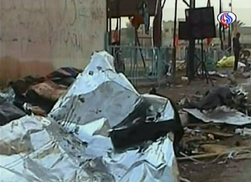 An image grab taken from footage broadcast by Iran's state-run Arabic-language Al-Alam TV on December 15, 2010, shows damage at the site where a suicide bomber blew himself up during a Shiite celebration of Ashura in Chabahar, southeastern Iran (AFP Photo/-)