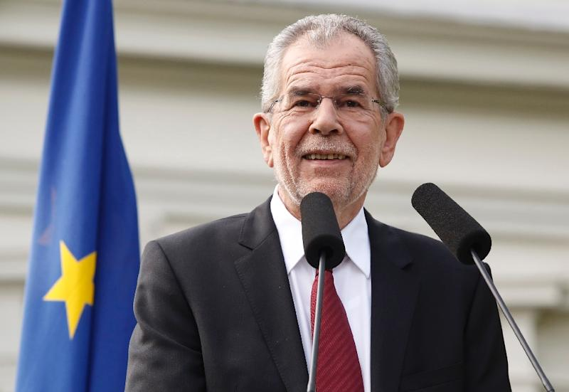 Austrian presidential candidate Alexander Van der Bellen, has at times made it easier for his oponent by coming across as too left-wing, wooden and old (AFP Photo/Dieter Nagl)
