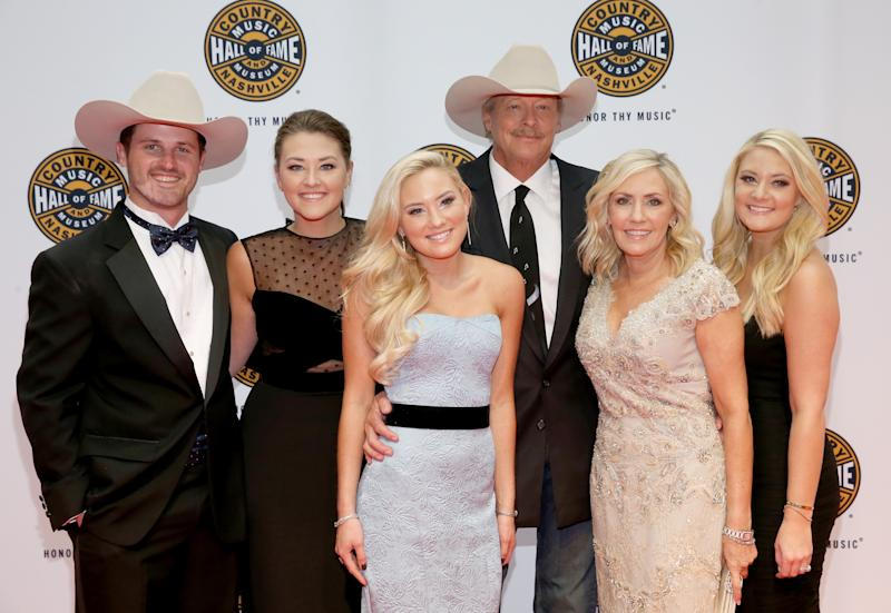 Country music star's son-in-law dies in Florida fall