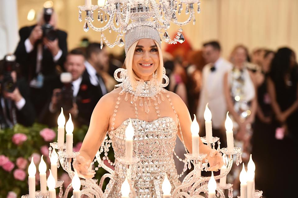 Katy Perry lit up the Met Gala 2019 red carpet dressed as a designer chandelier [Photo: Getty]
