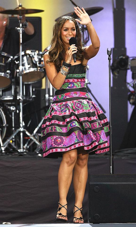 "Has Leona Lewis lost her mind? Even Debbie Gibson wouldn't be caught dead in that dress ... in 1987! Gareth Cattermole/<a href=""http://www.gettyimages.com/"" target=""new"">GettyImages.com</a> - June 27, 2008"
