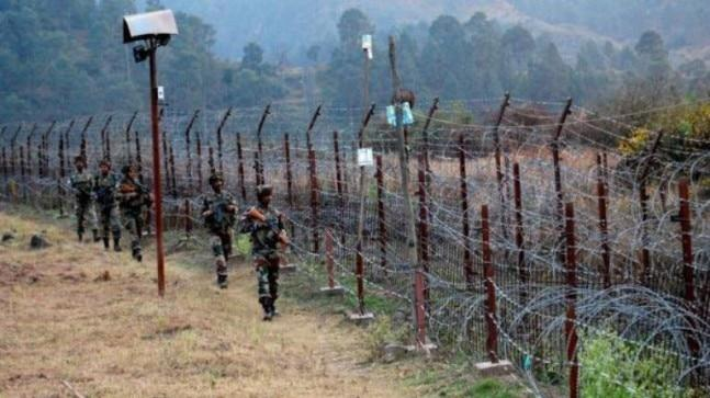 Pakistani troops violated the ceasefire in Keri belt of Sunderbani sector in Rajouri, killing one Army soldier
