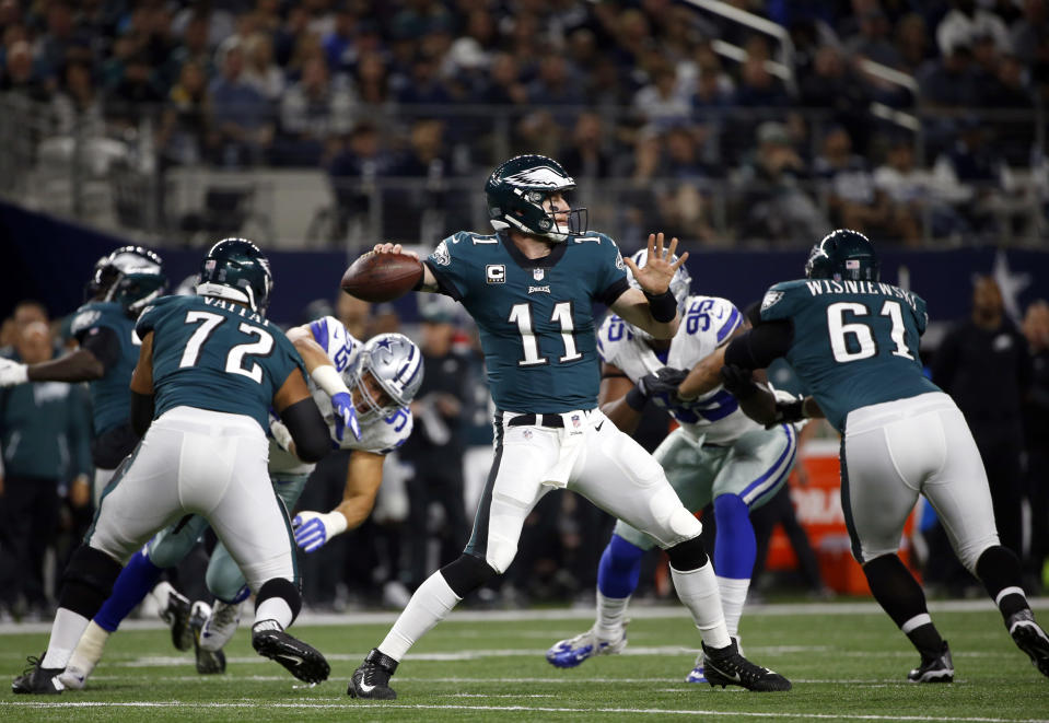 Carson Wentz and the Eagles' rushing attack dominate again and a look around the rest of the league in Week 11 (AP Photo/Ron Jenkins)