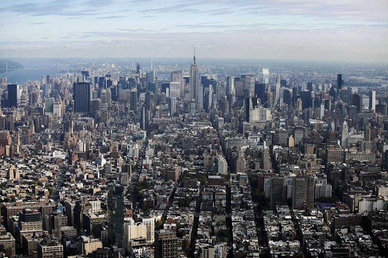 This Friday, Sept. 27, 2013 photo shows the Empire State Building in midtown in New York. The Empire State Building, Re/Max , The Burlington Coat factory, and the sandwich chain Potbelly are all going public next week. (AP Photo/Mark Lennihan)