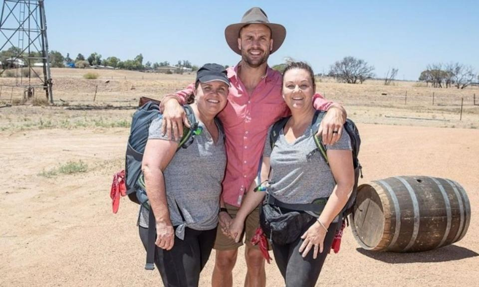 the amazing race mums Jude and Shannon with host beau ryan