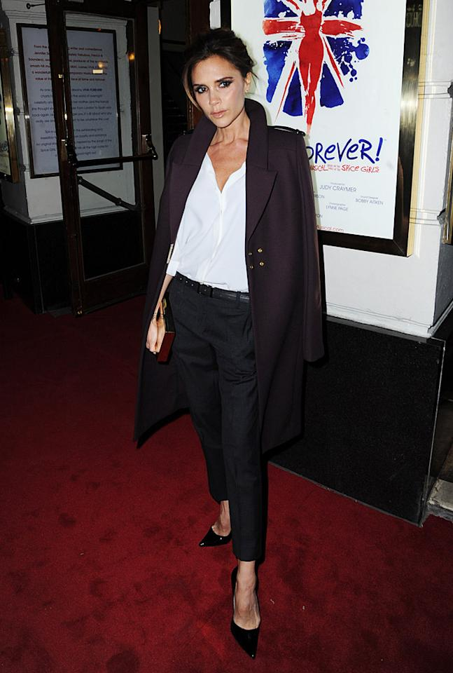 "LONDON, ENGLAND - DECEMBER 11:  Victoria Beckham attends the ""Viva Forever"" press night at The Piccadilly Theatre on December 11, 2012 in London, England.  (Photo by Dave J Hogan/Getty Images)"
