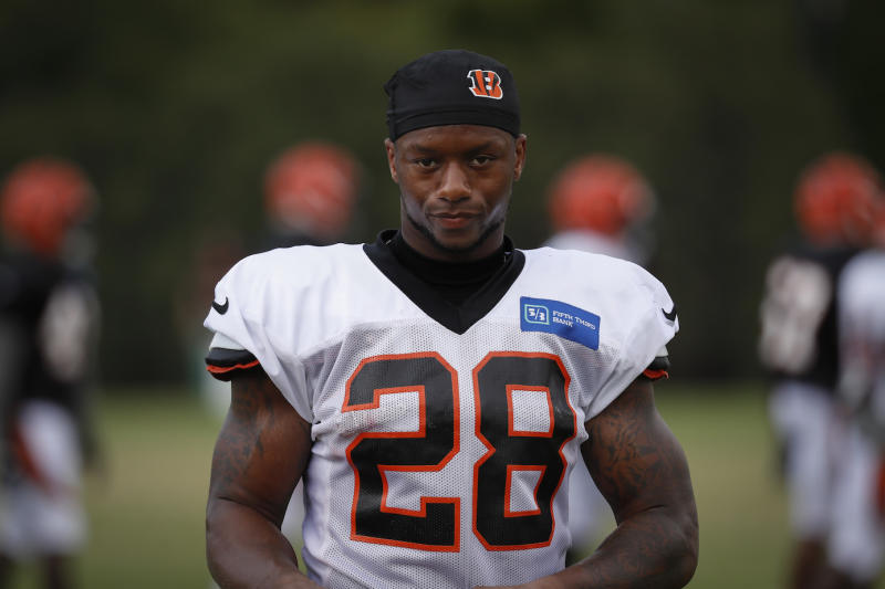 Bengals RB Joe Mixon sidelined two weeks after knee surgery