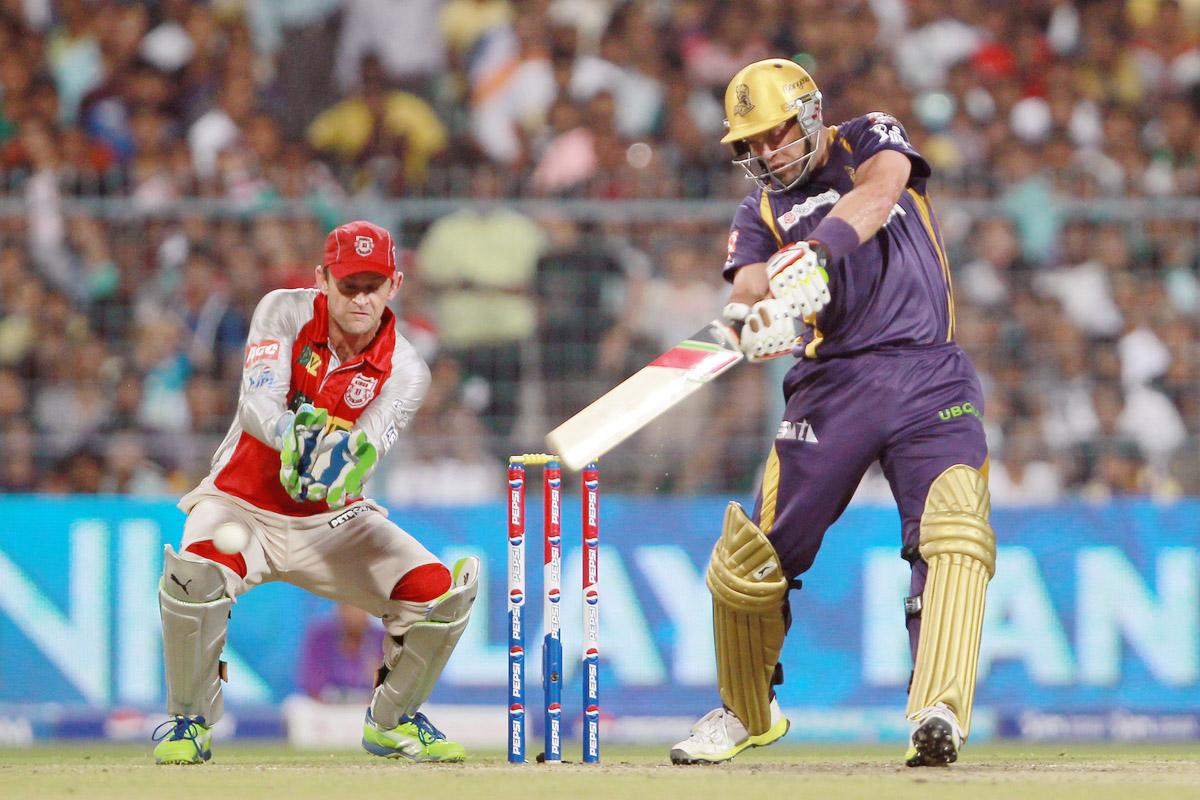 Jacques Kallis hits a boundary during match 35 of the Pepsi Indian Premier League between The Kolkata Knight Riders and the Kings XI Punjab held at the Eden Gardens Stadium in Kolkata on the 26th April 2013. (BCCI)