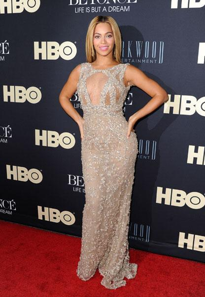 <b>Beyonce</b><br><br>The US singer dazzled in Elie Saab at the premiere of her documentary Life is but a Dream in New York.<br><br>Image © Getty