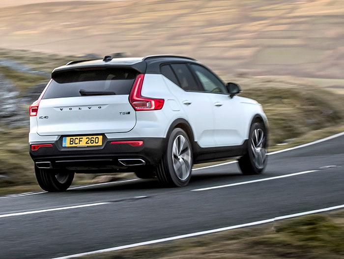 volvo-t5-review-driving