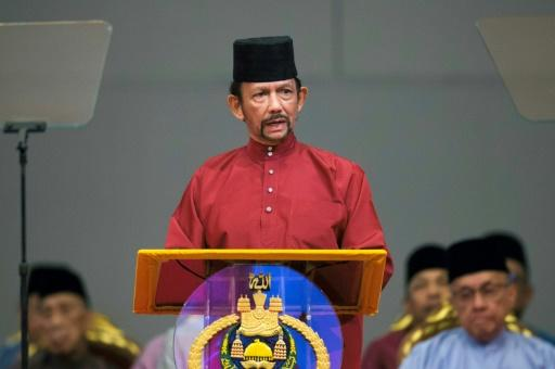The tough penal code in the tiny country on tropical Borneo island -- ruled by the all-powerful Sultan Hassanal Bolkiah -- have fully came into force following years of delays