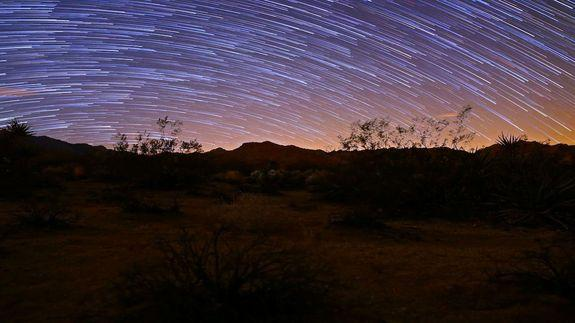 February Stargazing: Planets, Comets and Constellations Shine in Night Sky