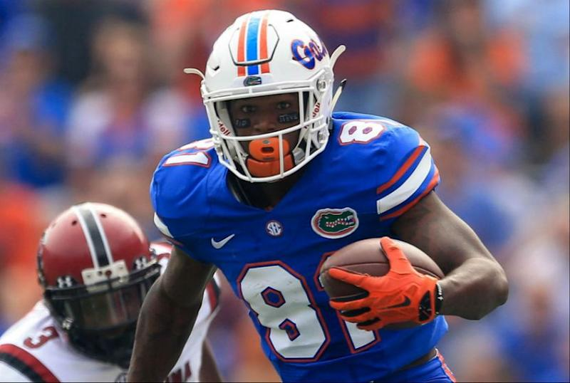 Florida suspends WR Antonio Callaway, 6 others for season opener vs. MI