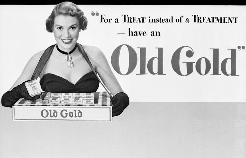 Grace Kelly carrying a tray of Old Gold cigarettes in a 1948 advertisement.