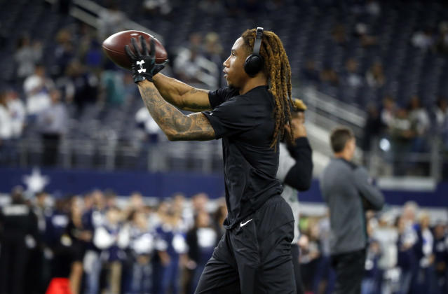 Eagles cornerback Ronald Darby is backing Jameis Winston, his former teammate at Florida State. Darby might become a key figure in the NFL's investigation of an incident involving the Bucs quarterback. (AP)