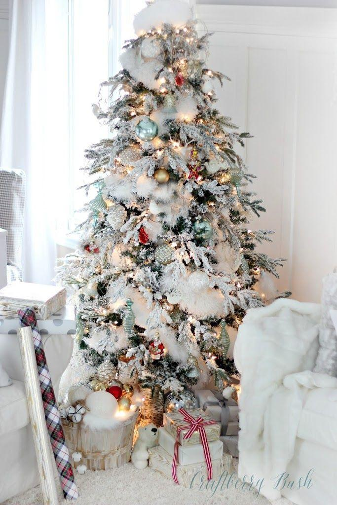 """<p>Turn your living room into a winter wonderland by adding a surprising item to your tree: a white microfiber duster. It gives the tree a realistic snow-covered look. </p><p><a href=""""https://www.craftberrybush.com/2014/12/the-flocked-tree-secret-garland-revealed.html"""" rel=""""nofollow noopener"""" target=""""_blank"""" data-ylk=""""slk:Get the tutorial."""" class=""""link rapid-noclick-resp"""">Get the tutorial.</a></p><p><a class=""""link rapid-noclick-resp"""" href=""""https://go.redirectingat.com?id=74968X1596630&url=https%3A%2F%2Fwww.walmart.com%2Fip%2FFull-Circle-Dust-Whisperer-Washable-Microfiber-Duster-White-2-Packs%2F435828021&sref=https%3A%2F%2Fwww.oprahdaily.com%2Flife%2Fg37499128%2Fdiy-christmas-garland-ideas%2F"""" rel=""""nofollow noopener"""" target=""""_blank"""" data-ylk=""""slk:SHOP DUSTER"""">SHOP DUSTER</a></p>"""