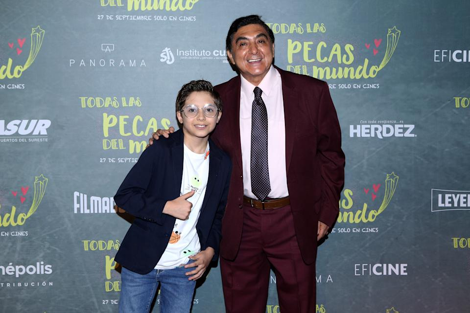 MEXICO CITY, MEXICO - SEPTEMBER 19: Carlos Bonavides poses for photos on the red carpet for the film 'Todas Caen' at Cinepolis Patio Universidad on September 19, 2019 in Mexico City, Mexico. (Photo by Medios y Media/Getty Images)
