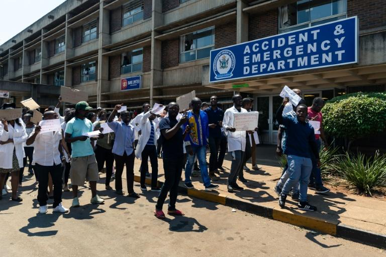 Zimbabwe junior doctors protested Sunday over the abduction of their union's leader, Dr Peter Magombeyi
