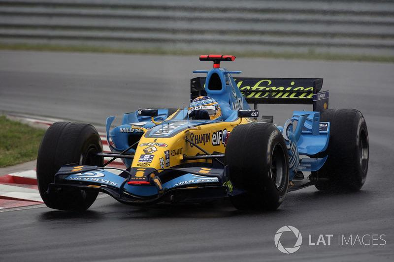 "Fernando Alonso, Renault R26<span class=""copyright"">Charles Coates / Motorsport Images</span>"