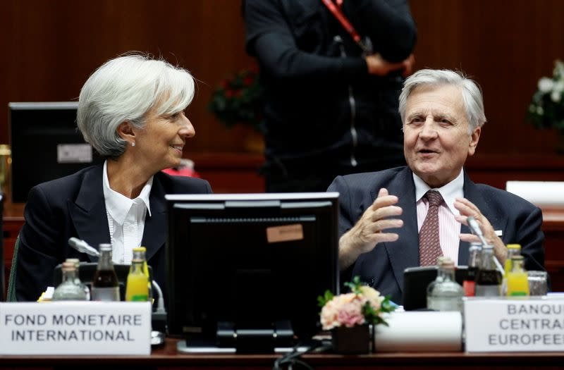 FILE PHOTO: Leaders attend a 2011 euro zone summit in Brussels