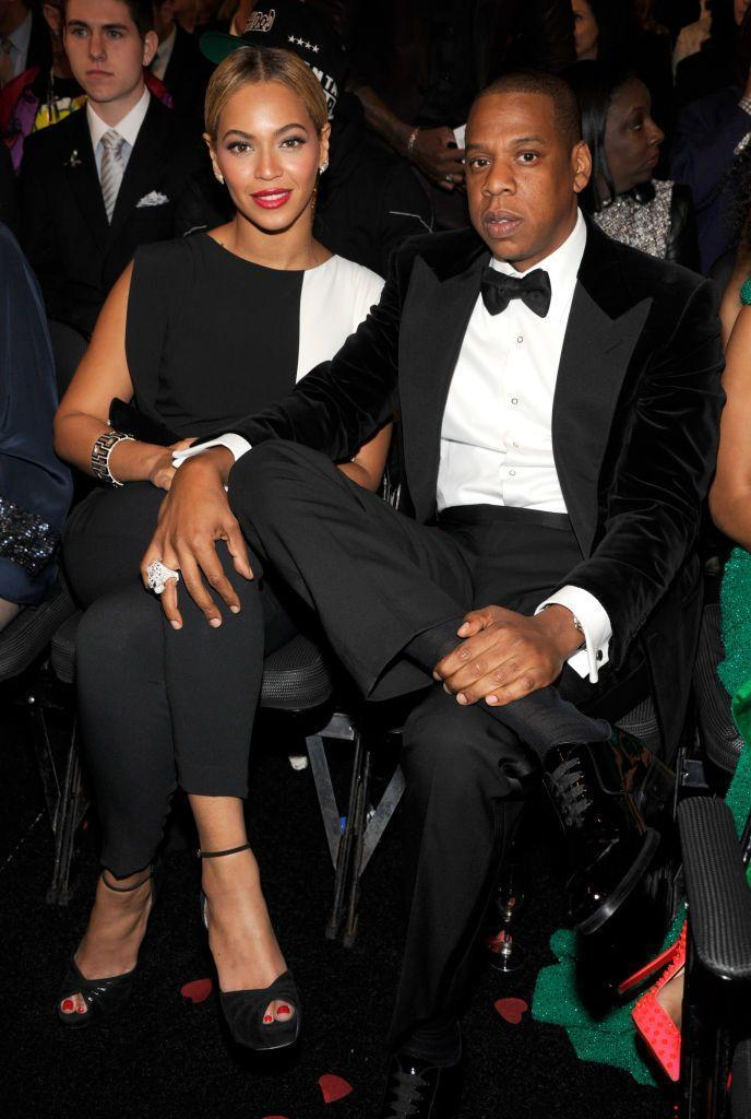 <p>Beyoncé wore a monochrome jumpsuit by Osman for music's big night, which she attended with a dapper Jay-Z.</p>