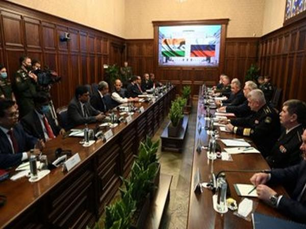 Defence Minister Rajnath Singh held a bilateral meeting with the Russian Defence Minister, General Sergey Shoigu in Moscow (Photo tweeted by office of Defence Minister)