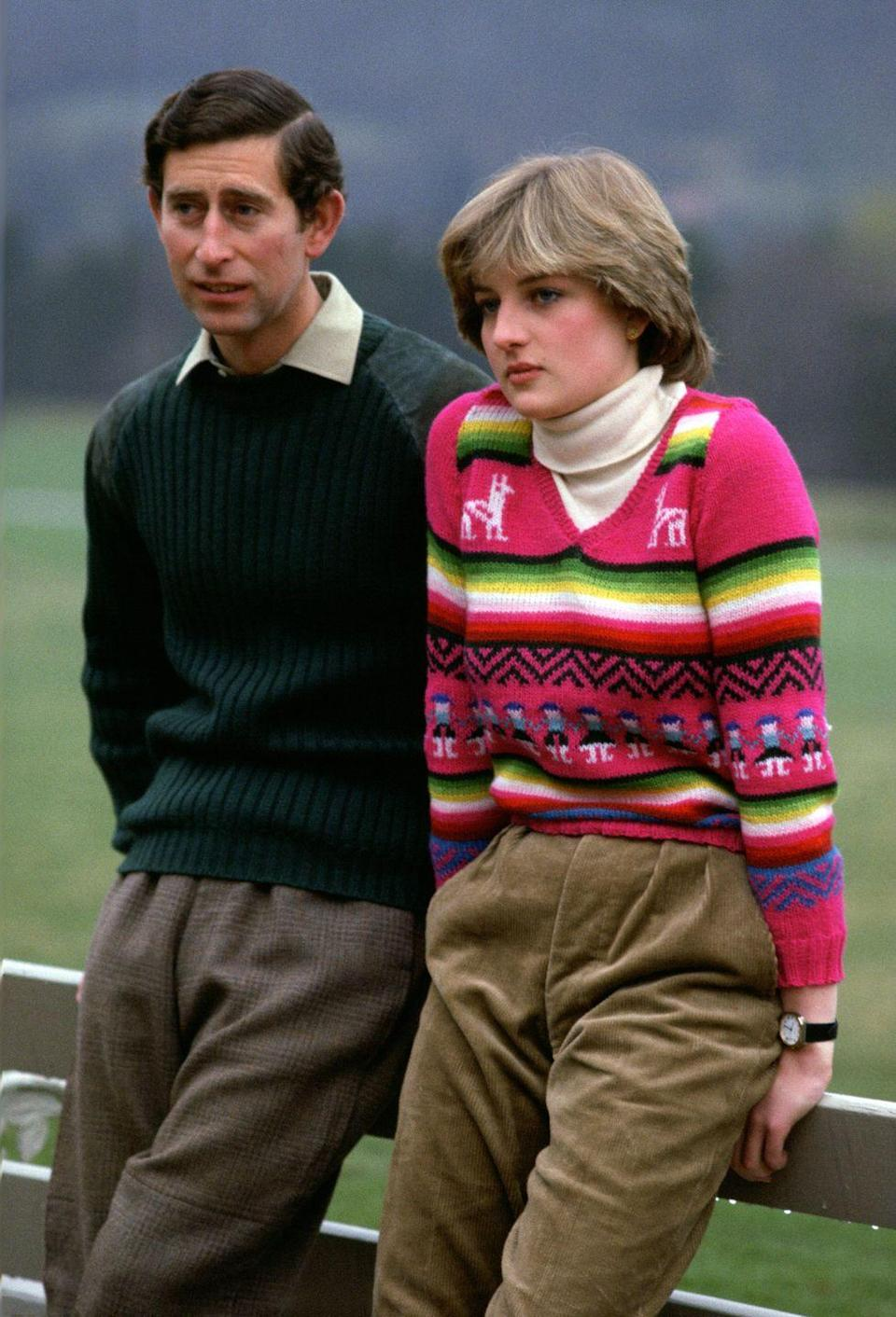 <p>Struggling to choose between your striped sweater, zig-zag sweater, llama sweater, and line of creepy girls holding hands sweater? Well, does Diana have a look for you.<br></p>