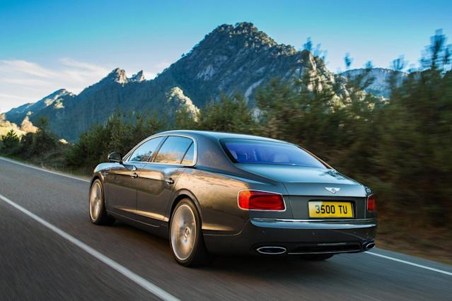 As with the entire Bentley range, the new Flying Spur is built to individual customers' exacting specifications. A range of seventeen standard exterior paint colours includes Dark Cashmere, a sophisticated and contemporary addition to the Bentley palette. The extended paint range of over 100 colours is joined by Damson, a rich hue inspired by the extremely rare purple diamond, and one that is complemented by an optional matching hide colour.