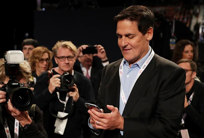 Investor and Dallas Mavericks owner Mark Cuban arrives prior to the start of the third U.S. presidential debate at the Thomas & Mack Center on Oct. 19, 2016, in Las Vegas. (Photo: Chip Somodevilla/Getty Images)