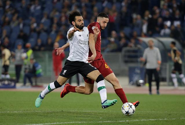 Soccer Football - Champions League Semi Final Second Leg - AS Roma v Liverpool - Stadio Olimpico, Rome, Italy - May 2, 2018 Liverpool's Mohamed Salah in action with Roma's Konstantinos Manolas REUTERS/Max Rossi
