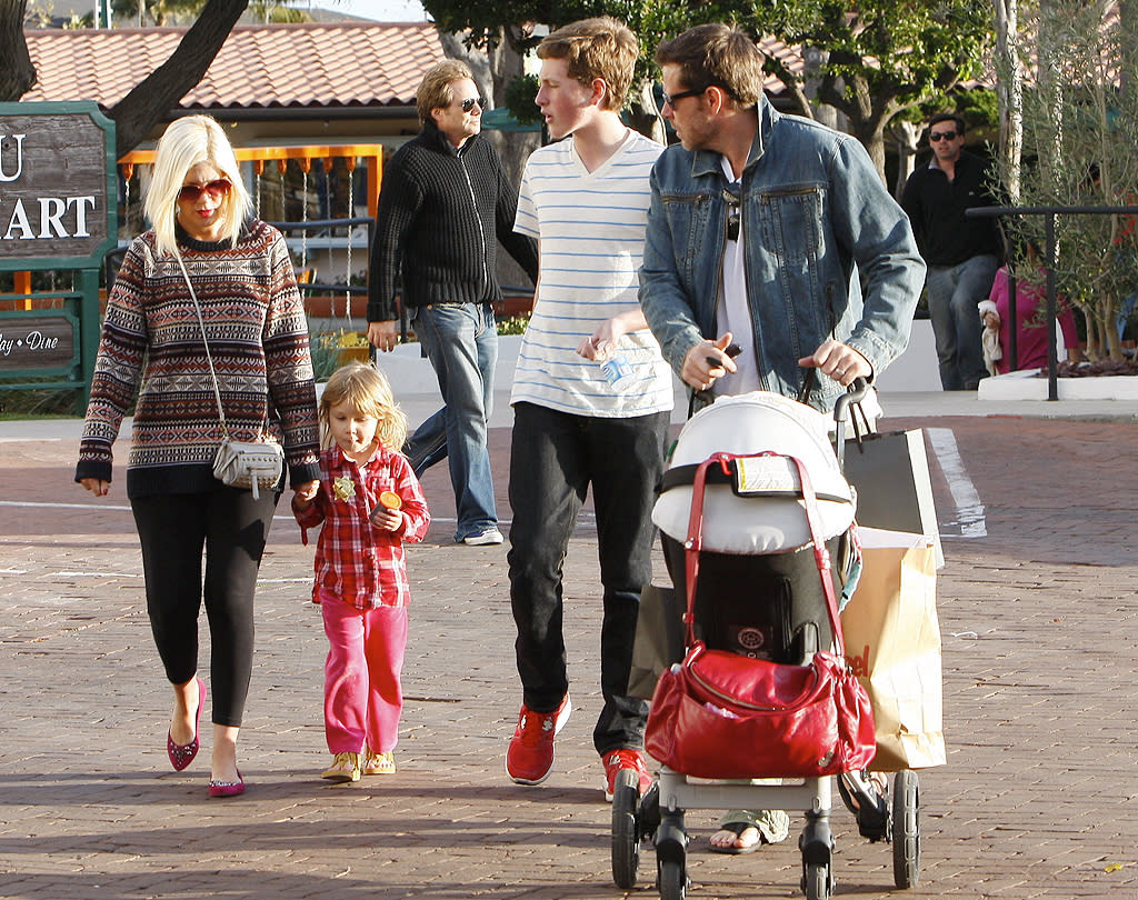 Tori Spelling hit up the Malibu Country Mart on Saturday with husband Dean McDermot and their children Liam, Stella, baby Hattie, and Dean's 13-year-old son Jack from a previous marriage. (2/11/2012)