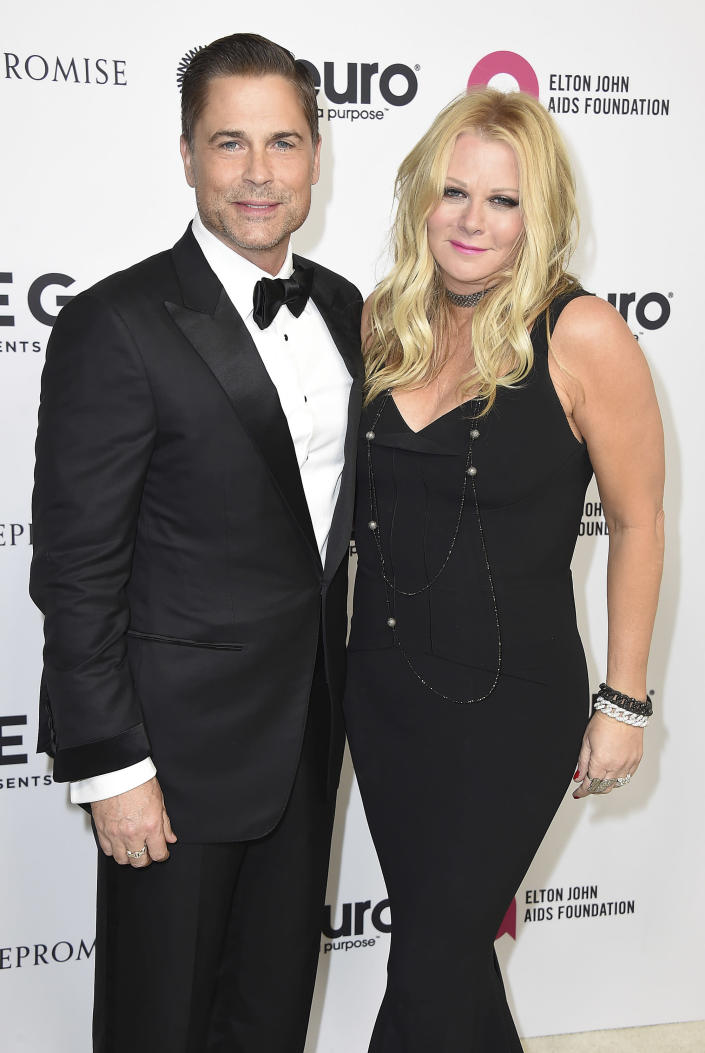 Rob Lowe and Sheryl Berkoff Lowe arrive at Elton John's 70th Birthday in 2017. (Photo: Jordan Strauss/Invision/AP)