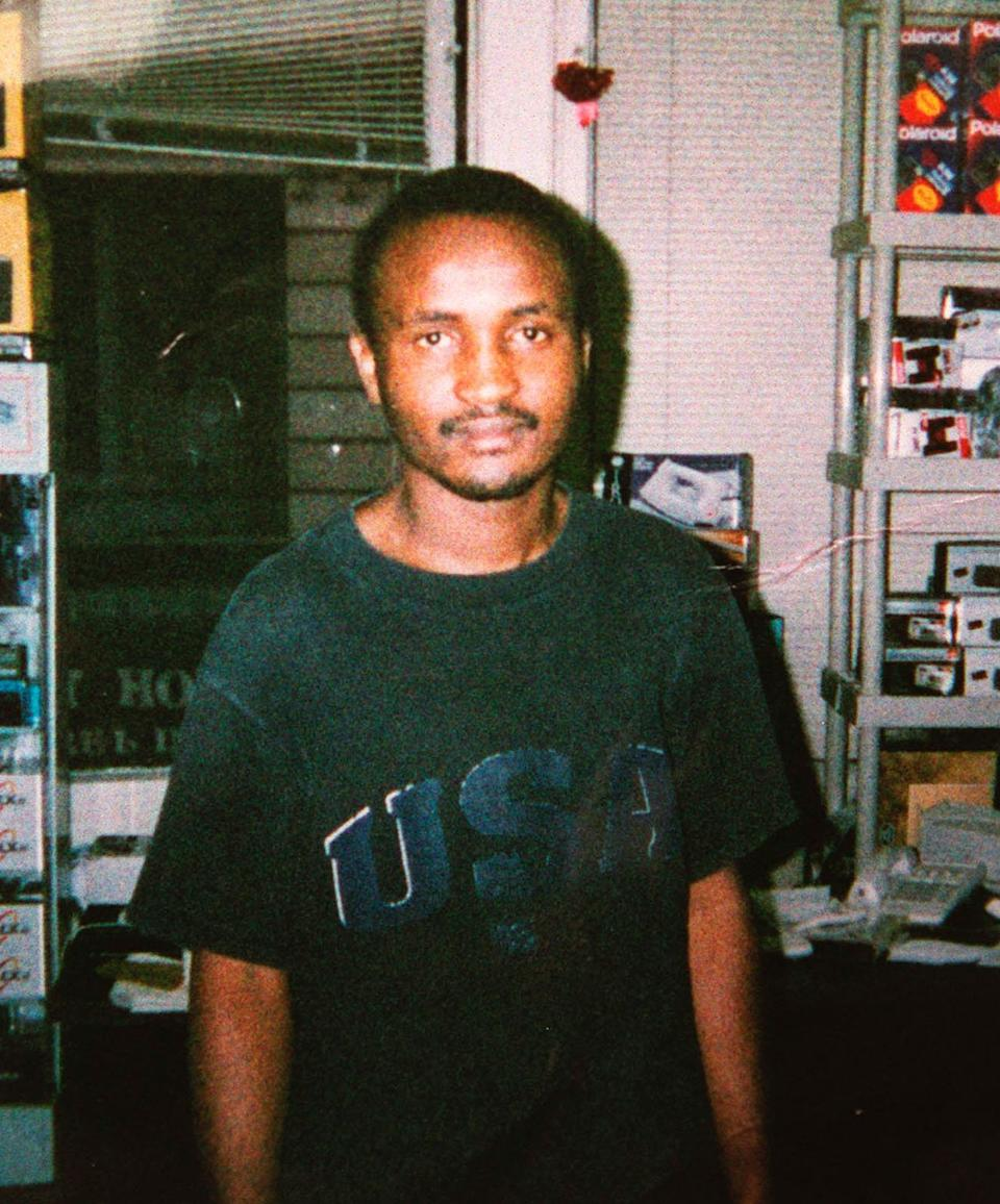 """Four plain-clothed <a href=""""http://www.nytimes.com/1999/02/05/nyregion/officers-in-bronx-fire-41-shots-and-an-unarmed-man-is-killed.html?pagewanted=all"""" target=""""_blank"""">copsfired 41 bullets</a> at 23-year-old Amadou Diallo outside of his New York apartment in 1999. They were all charged with second-degree murder and <a href=""""http://www.nytimes.com/2000/02/26/nyregion/diallo-verdict-overview-4-officers-diallo-shooting-are-acquitted-all-charges.html?pagewanted=all"""" target=""""_blank"""">eventually acquitted</a>."""
