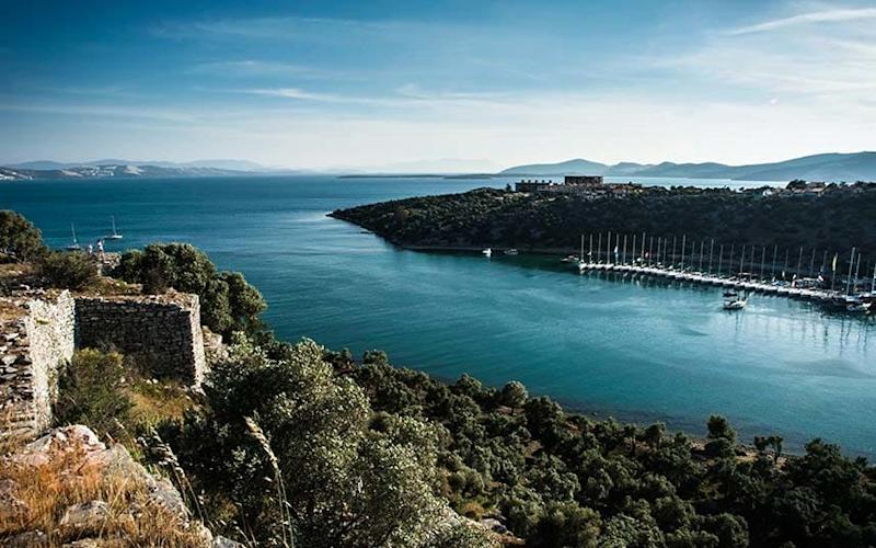 The ancient city sits on the now-Turkish coast of the Aegean Sea - Knilch