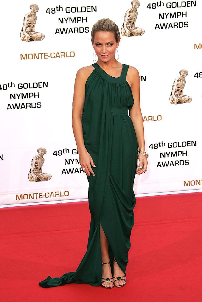 """""""Ugly Betty's"""" Becky Newton is a Grecian goddess in her drapey green gown. Tony Barson/<a href=""""http://www.wireimage.com"""" target=""""new"""">WireImage.com</a> - June 12, 2008"""