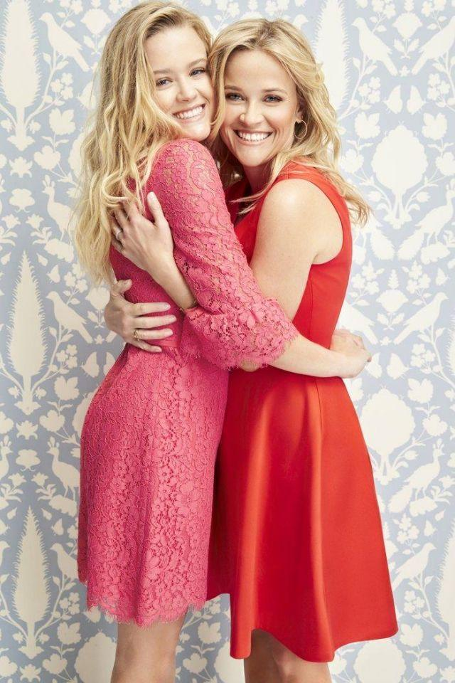 <p>Big Little Lies star Reese and her daughter Ava are doppelgängers! They'res seen hugging each other in their Spring 2018 campaign for brand Draper James. Photo: Instagram/Draperjames </p>