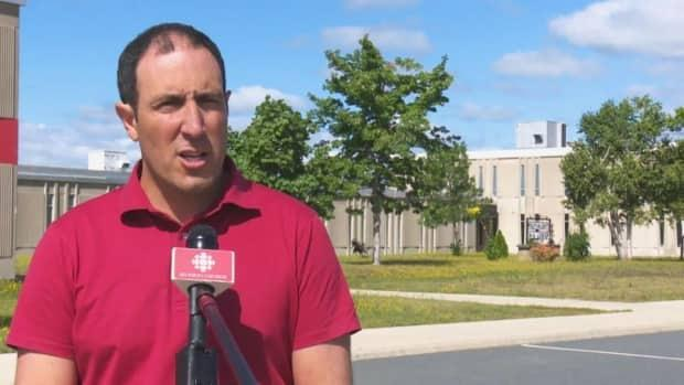 MLA Keith Chiasson says the Liberals plan to reintroduce a bill that would amend the Municipal Elections Act.