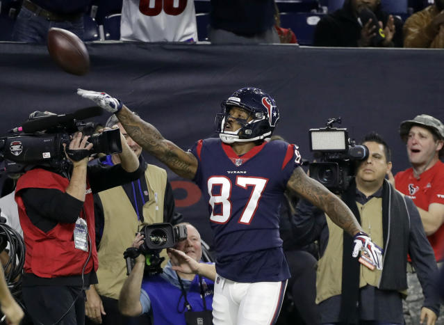 Houston Texans wide receiver Demaryius Thomas (87) celebrates his touchdown catch during the first half of an NFL football game against the Tennessee Titans, Monday, Nov. 26, 2018, in Houston. (AP Photo/David J. Phillip)
