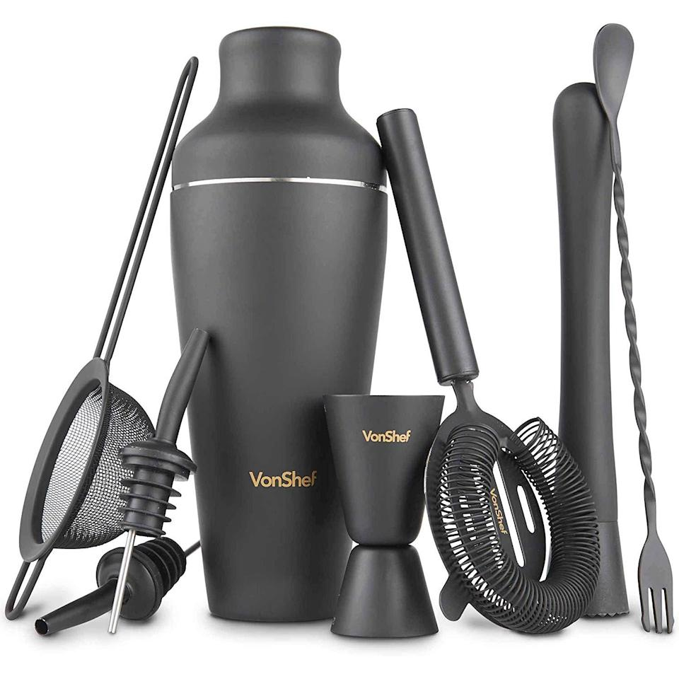 "<h3><a href=""https://amzn.to/368pHEZ"" rel=""nofollow noopener"" target=""_blank"" data-ylk=""slk:Matte-Black Cocktail Set"" class=""link rapid-noclick-resp"">Matte-Black Cocktail Set</a> </h3><br>Give them a shaker set that puts a modern spin on the stainless-steel classic. <br><br><strong>VonShef</strong> Matte Black Parisian Cocktail Shaker Set, $, available at <a href=""https://amzn.to/368pHEZ"" rel=""nofollow noopener"" target=""_blank"" data-ylk=""slk:Amazon"" class=""link rapid-noclick-resp"">Amazon</a>"