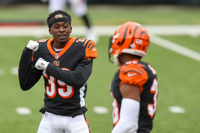FILE PHOTO: NFL: Cleveland Browns at Cincinnati Bengals