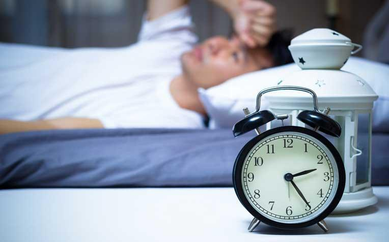 3 Natural Tips to Beat Insomnia