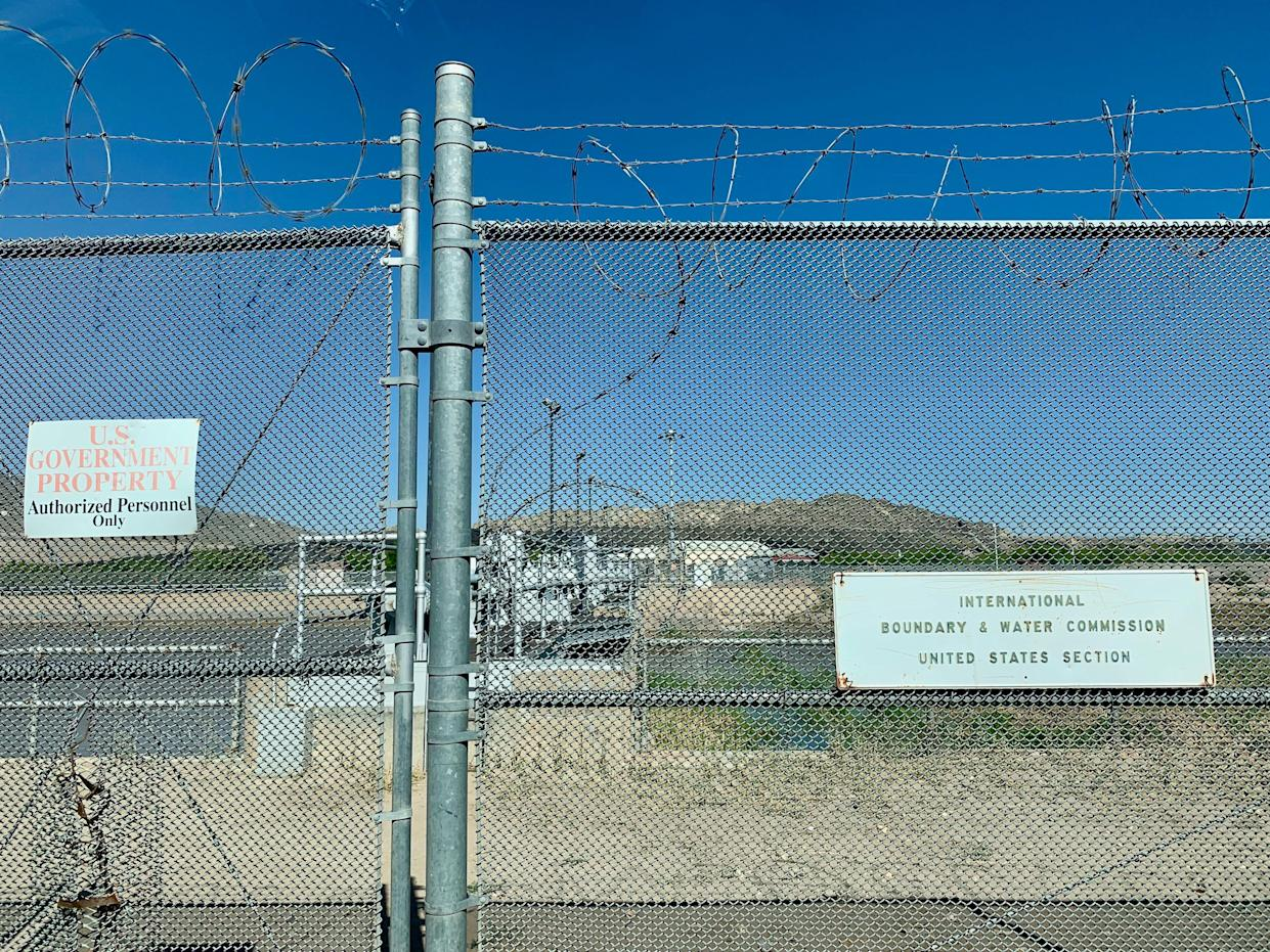 The gate at the American Dam, managed by the International Boundary Water Commission. (Photo: Caitlin Dickson/Yahoo News)