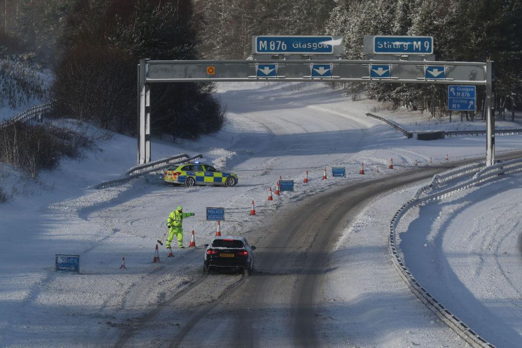 <p>The M876 to Glasgow is closed due to snow as storm Emma, rolling in from the Atlantic, looks poised to meet the Beast from the East's chilly Russia air – causing further widespread snowfall and bitter temperatures. (Getty) </p>
